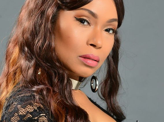 www.NadineBoneTheActress.com Shoots with