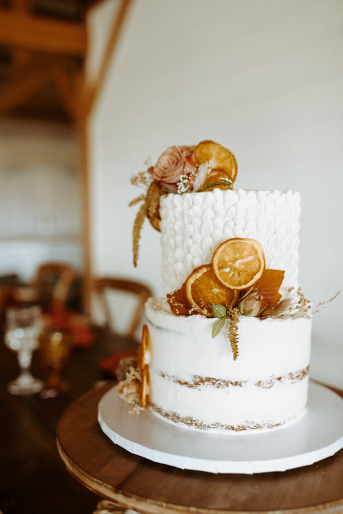 cake with dried oranges