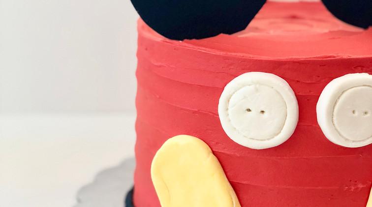 mickey cake 8 in $75