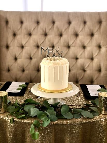 small white table cake