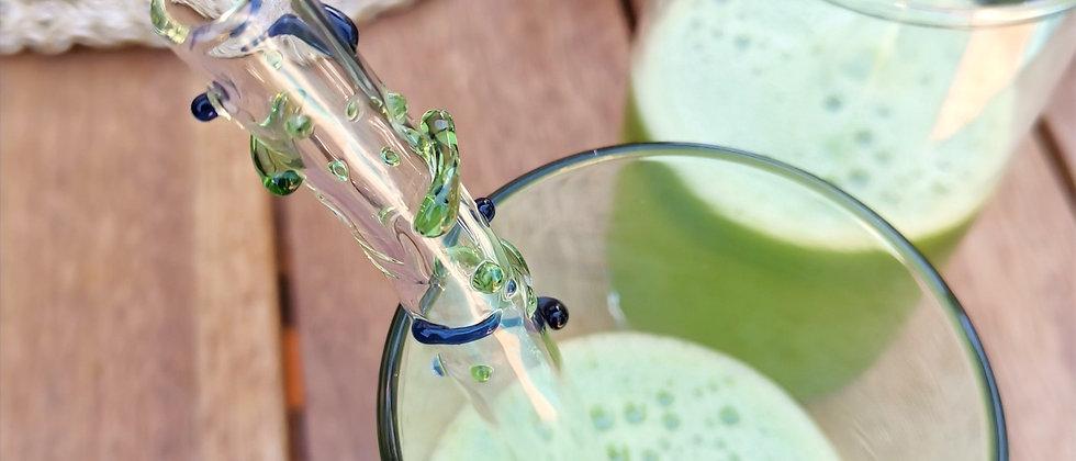 Canudo Fert da Bela Aiache, peça única e especial criada a mão no maçarico, em borossilicato - vidro termoresistente.