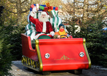 Christmas is coming to the LEGOLAND Windsor Resort!