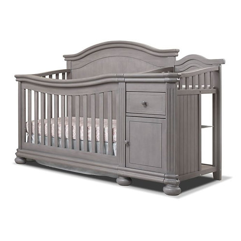 Sorelle Finley crib with changer