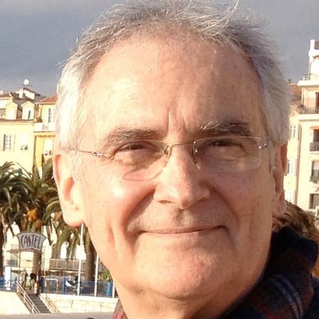 Dennis Walder
