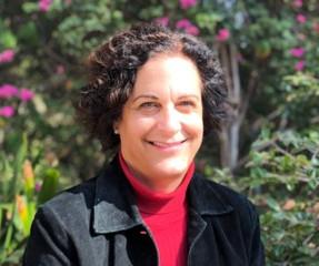 Laurie Shaker-Irwin (YSPH '92)