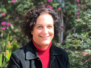Laurie Shaker-Irwin (YSPH '92)