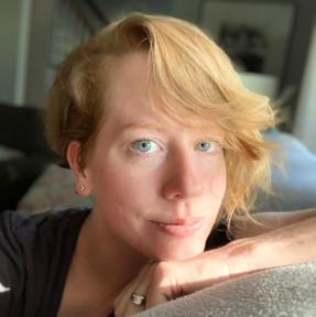 Betsy Golden Kellem (Yale College, ES '01)