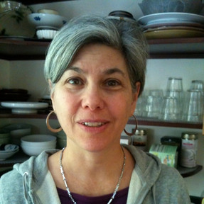 Joan Berliner Spear (Yale College, MC '75)