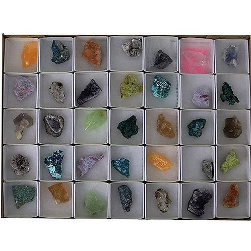 DL9004 Mix de mineraux bruts boite présentoir 35 pièces
