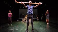Arma-de-construcción-masiva_Teatre-Tant