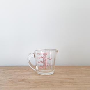 Vintage Pyrex Measuring Cup
