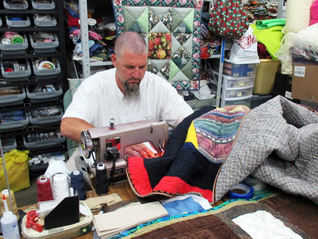 Missouri Inmates Sew Quilts for Foster Children as Part of Restorative Justice