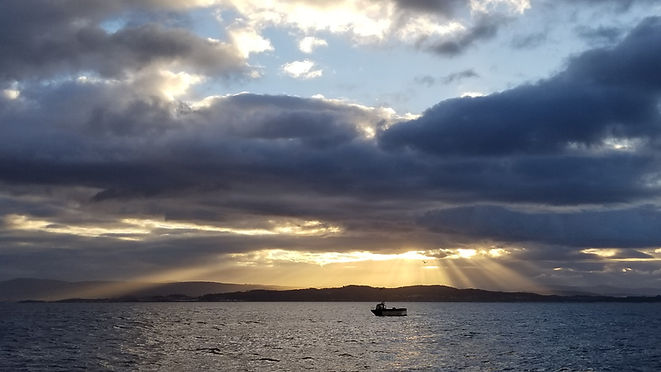 Ria de Ribeira, Club de croisière, Galice, faire de la voile, apprendre la voile, croisière à la voile, croisière en catamaran