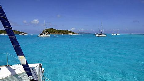 Croisière aux Grenadines, barrière de corail, Club de croisière, faire de la voile, apprendre la voile, croisière à la voile, croisière en catamaran, Transatlantique, transat, traversée de l'Atlantique