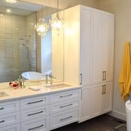 Spacieuse salle de bain des maîtres