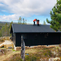 Karlsen på taket - hytta etter