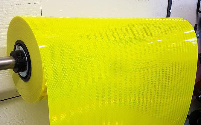 "3M 983-23-24""x10ft Fluo Lime Diamond Grade"