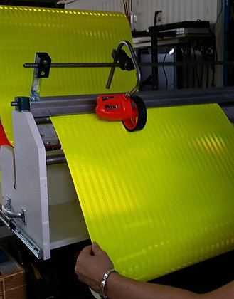 """3M DIAMOND GRADE CONSPICUITY TAPE 983-23-48""""x50yds FLUO LIME"""