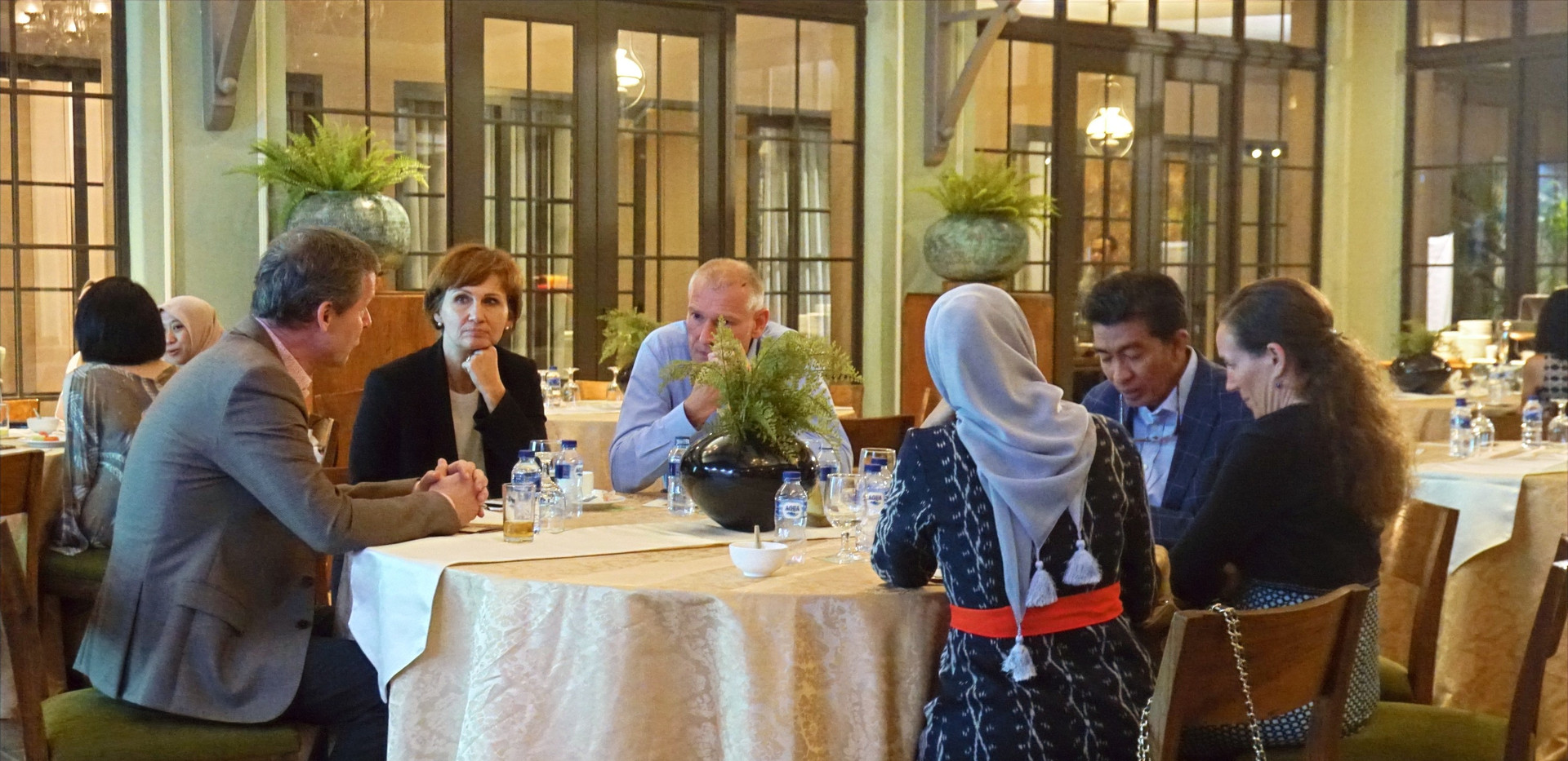 Mr. Rainer Huefers (Left), Ms. Bettina Stark-Watzinger (Center), and Mr. Moritz Kleine-Brockhoff (Right) were engaged in a discussion during CIPS Gala Dinner 2019.
