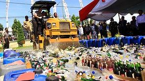 RUU Minuman Beralkohol: Disebut 'demi menjaga ketertiban' tapi dikritik akan bunuh pariwisata