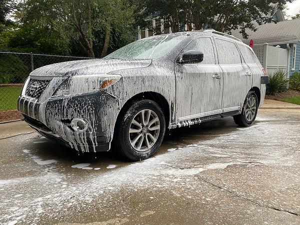 CAR WASH ON A NISSAN HIGHLANDER