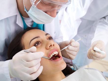 Dentes anteriores: onde ficam e como mantê-los