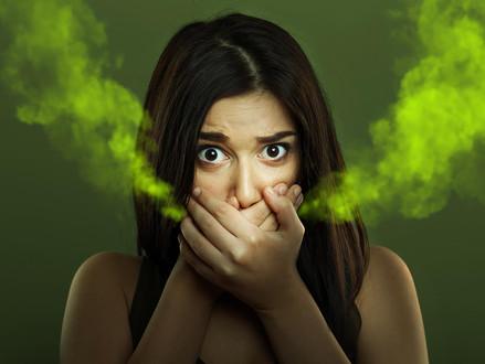 Como eliminar o mau hálito causado por stress