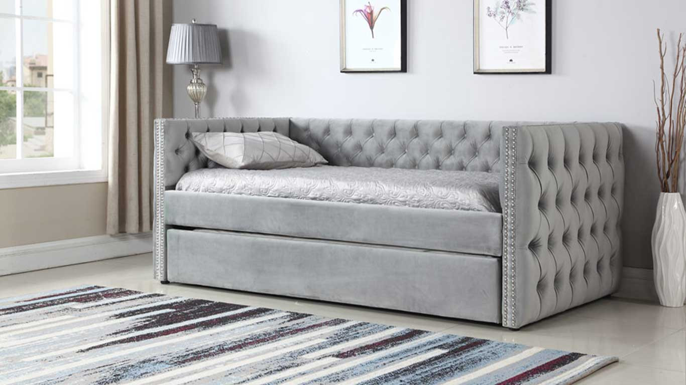 Teal Day Bed With Trundle