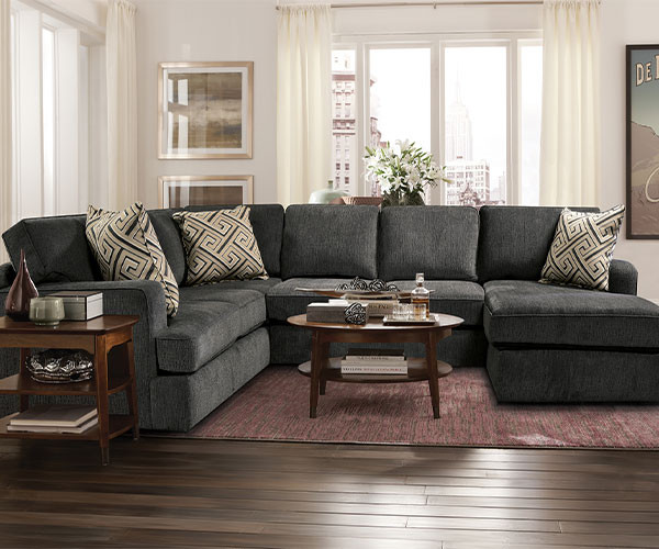 4R00 Oversized England Sectional