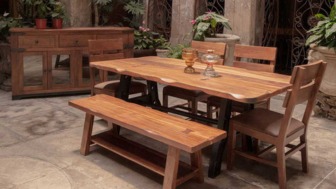 866 Dining Table