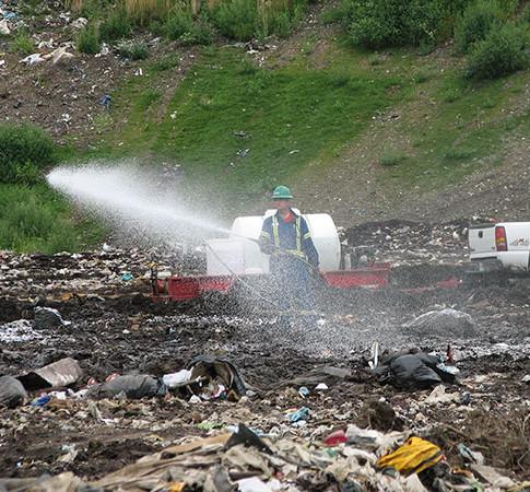Controle de odores em aterros sanitários