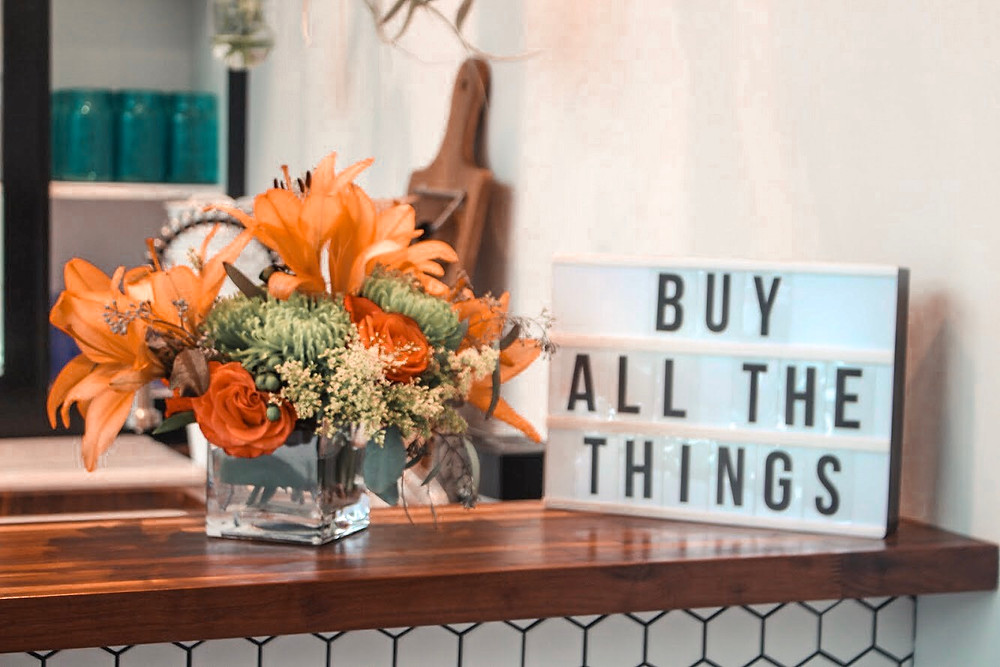 Thanksgiving Bouquet with Buy All the Things Letterboard