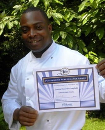 ricardo-campbell-with-certificate-low-re