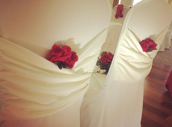 #whitechaircovers, #beseated, #rosesandc