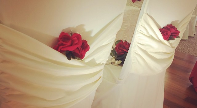 #whitechaircovers, #beseated, #rosesandc