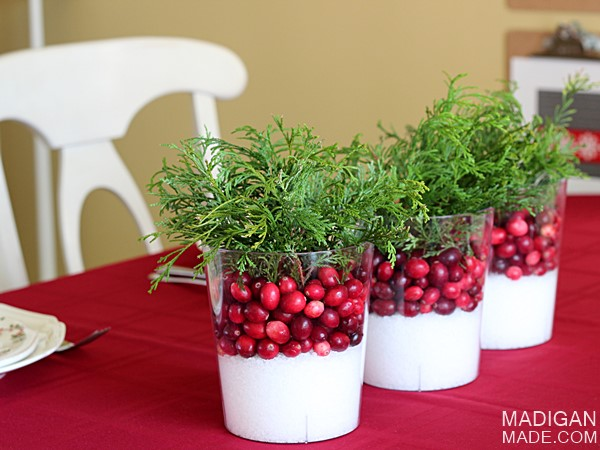 simple-cranberry-centerpieces-fall-01_zp