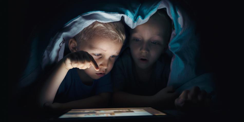 ¿Cómo saber qué hacen sus hijos en internet?