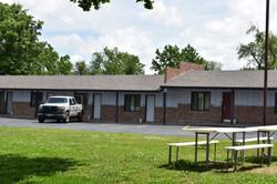 Oaks Lodge