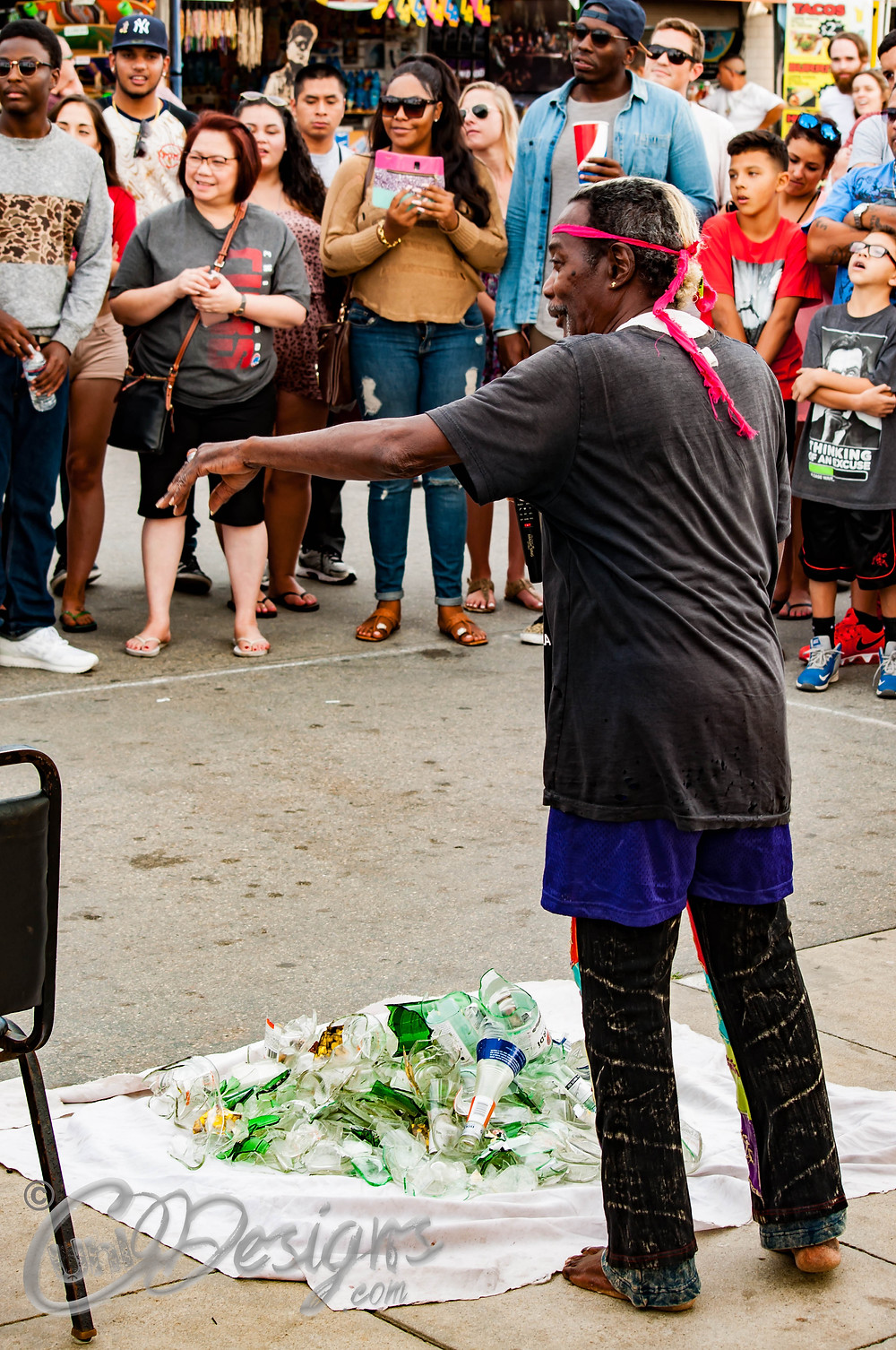 Street performance Venice Beach CA