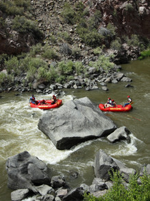 Santa Fe Rafting in New Mexico. The best whitewater outdoor adventure in the Santa Fe/ Taos New Mexico Area. Family friendly, healthy things/ activities to do in Santa Fe/ Taos/ Albuquerque area.