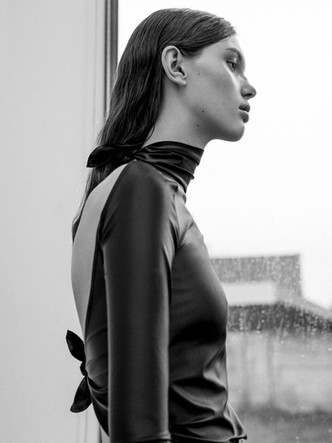 LOUIS www.louisantwerp.be Photography: Zeb Daemen Creative direction & Styling: Angela Vanderstraeten Model: Maya @ Rebelmanagement Mua & Hair: Hade Deneef