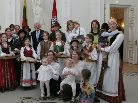 Koncertas Prezidentūroje 2007 m., skirtas motinos dienai