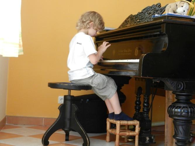 Individualios fortepijono pamokos