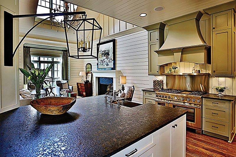 plan 927-5 kitchen.jpeg