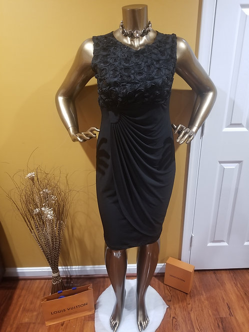 Black Ruched Flower Detailed Dress