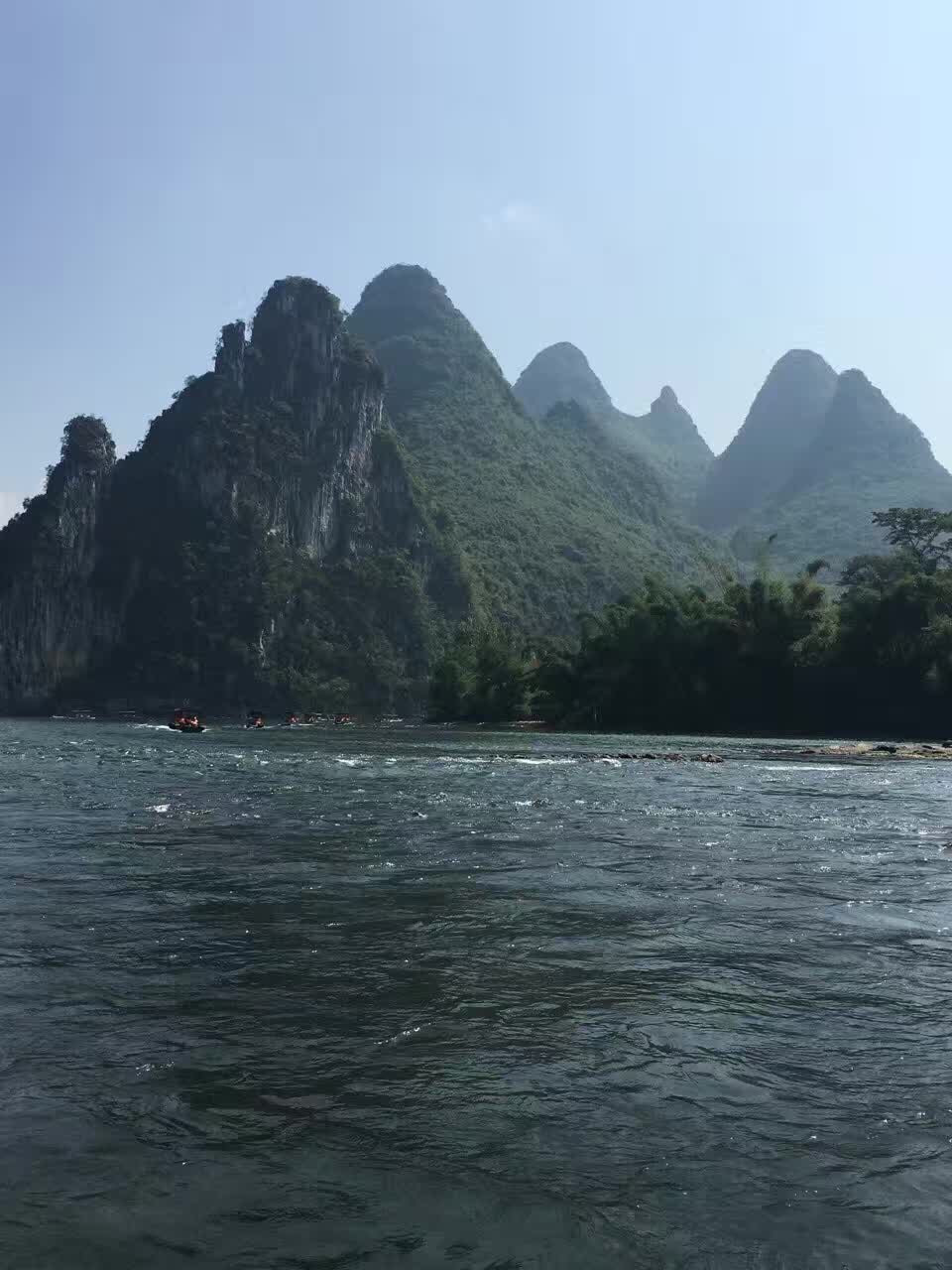 Custom Tour Guide in Guilin China