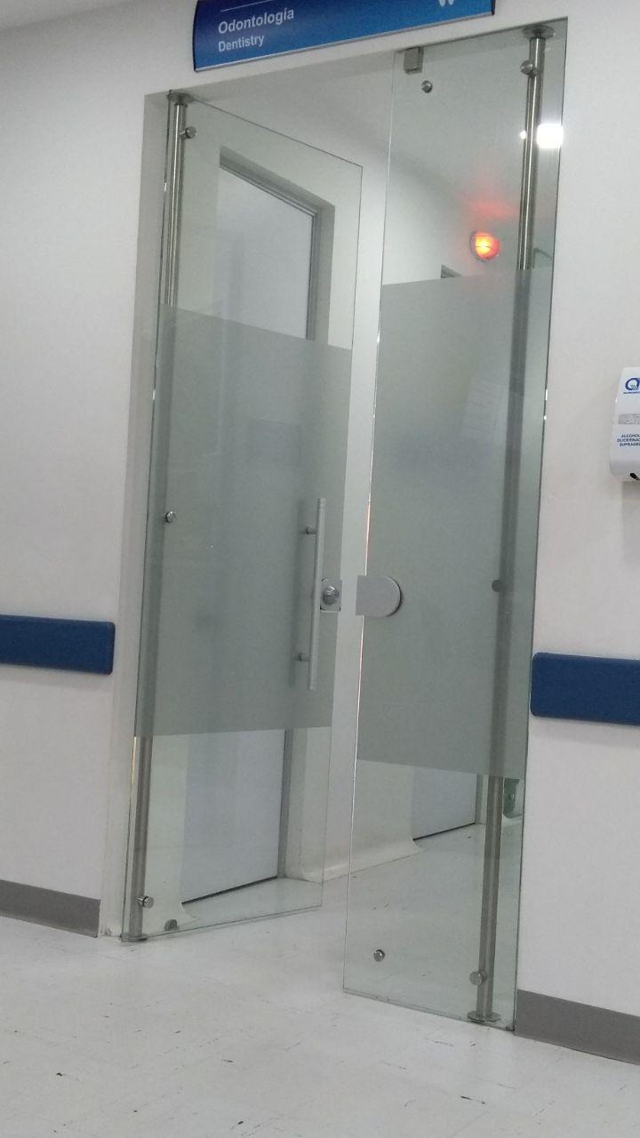 puerta vidrio