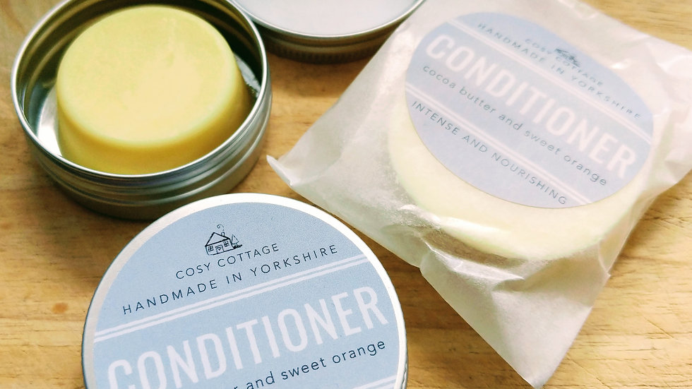 Conditioner Bars in Travel Tin