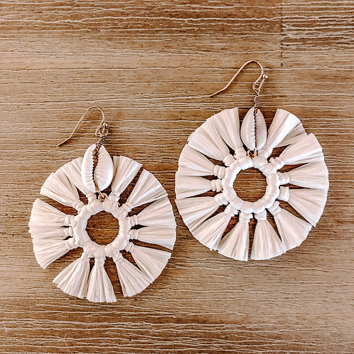 Raffia Shell Earring