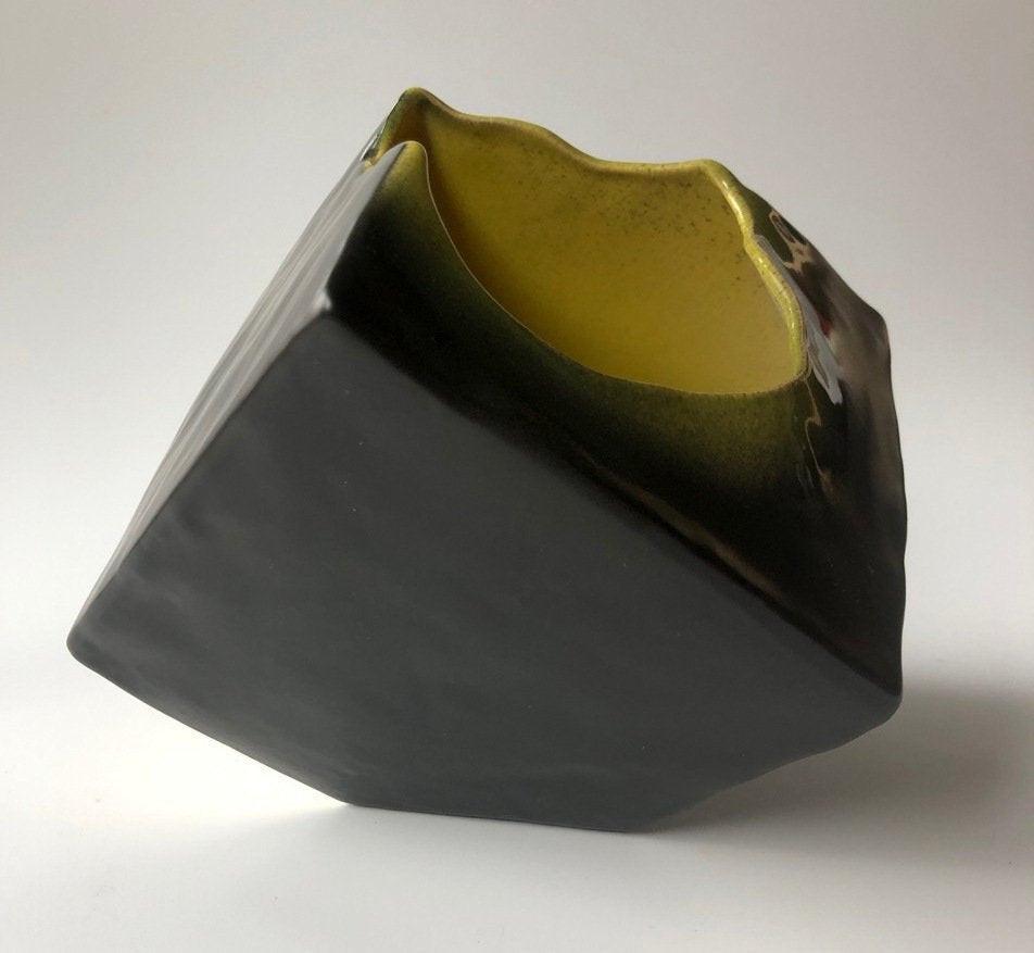 Ikebana vase, cube, free-style